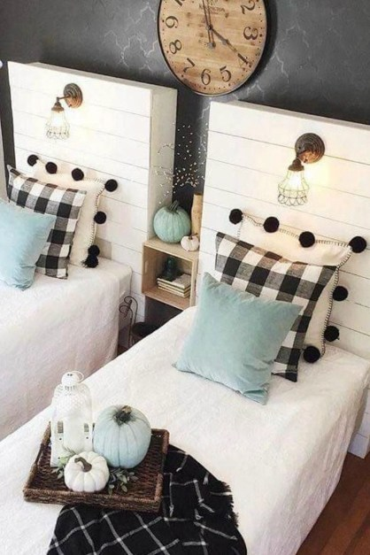 Nice Fall Bedroom Decoration For Farmhouse Style 13
