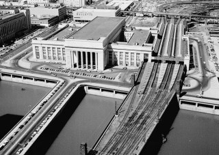 Aerial View of the 30th Street Station in 1977 (Photo: Jack Boucher, 1799)