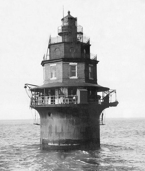 The Original Elbow of Cross Ledge Lighthouse. The lighthouse is set upon a steel base filled with concrete. The two-story brick structure was the crew's living quarters.