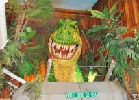 An animated T-rex entertained, and then frightened a group of younger children. Most enjoyed the experience.
