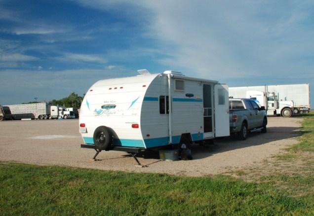 Boondocking at the Coffee Cup Fuel Stop near Plankinton, South Dakota.