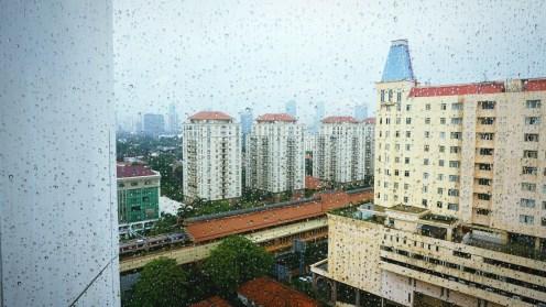 Panorama dari lantai 5 DoubleTree by Hilton.
