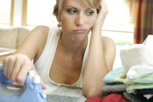 Çamaşır ve bulaşık makinesi iki günde bir çalışıyor, ütü en sevilmeyen ev işi