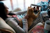 Netflix Kedi Köpekle Seyrediliyor…