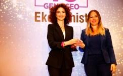 Harika Güral Genç CEO Ödülü Aldı