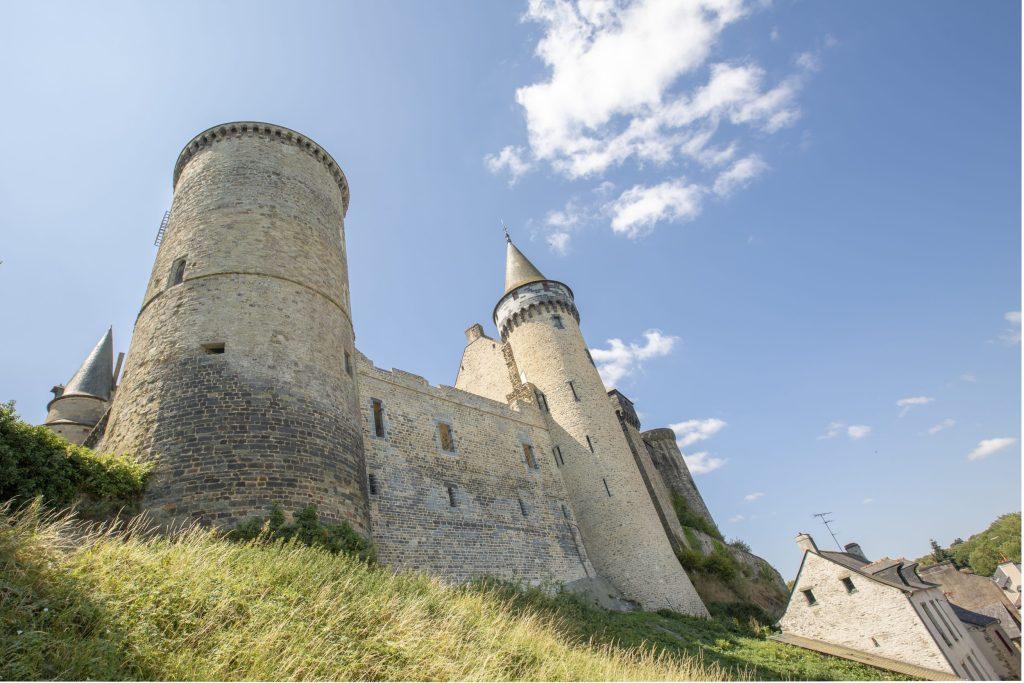 Vue du Château de Vitré depuis le Pré des Lavandières