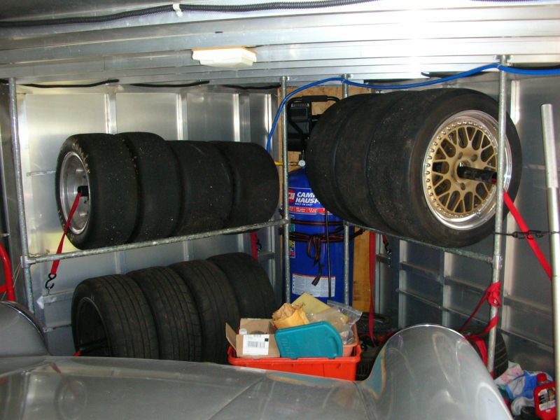 v nose trailers enclosed where to