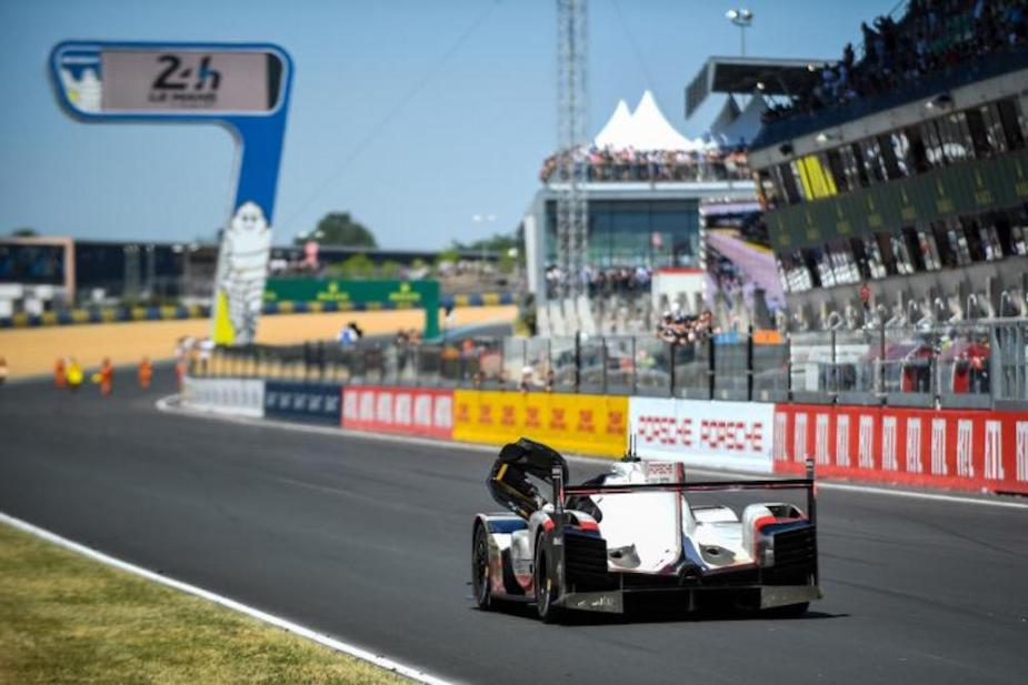 24 Hours of Le Mans - Porsche 919 Hybrid No. 2 1