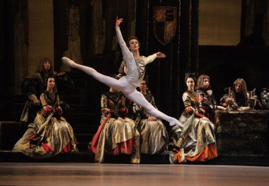 The Bolshoi in Cinema—Swan Lake