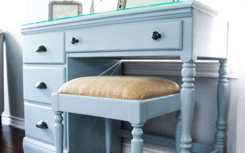 DIY Vanity Desk Makeover (How God Restores Our Brokenness)