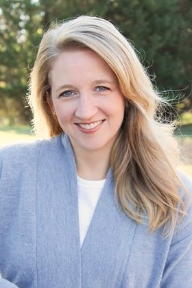Christine Hoover - Best Christian Podcasts for Women - www.renovatedfaith.com #bestchristianpodcasts #toppodcasts #renovatedfaith