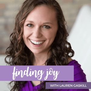 Lauren Gaskill, Best Christian Podcasts for Women, www.renovatedfaith.com #LaurenGaskill #bestpodcasts #toppodcasts #renovatedfaith