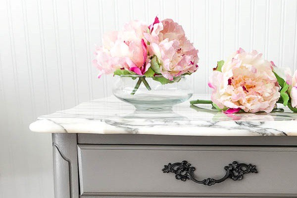 The 5 Best Ways to Stop Comparing Yourself With Others (Marble Side Table Reveal)