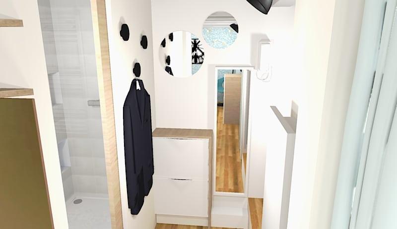 L'entrée avec des miroirs pour rectifier sa tenue avant de sortir