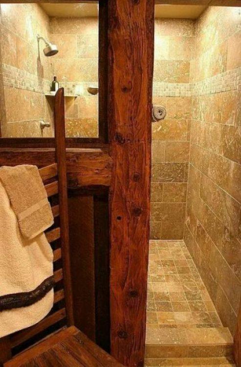 Kamar mandi Perpaduan Kayu dan Batu Alam