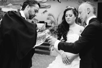 Das Brautkelchritual.