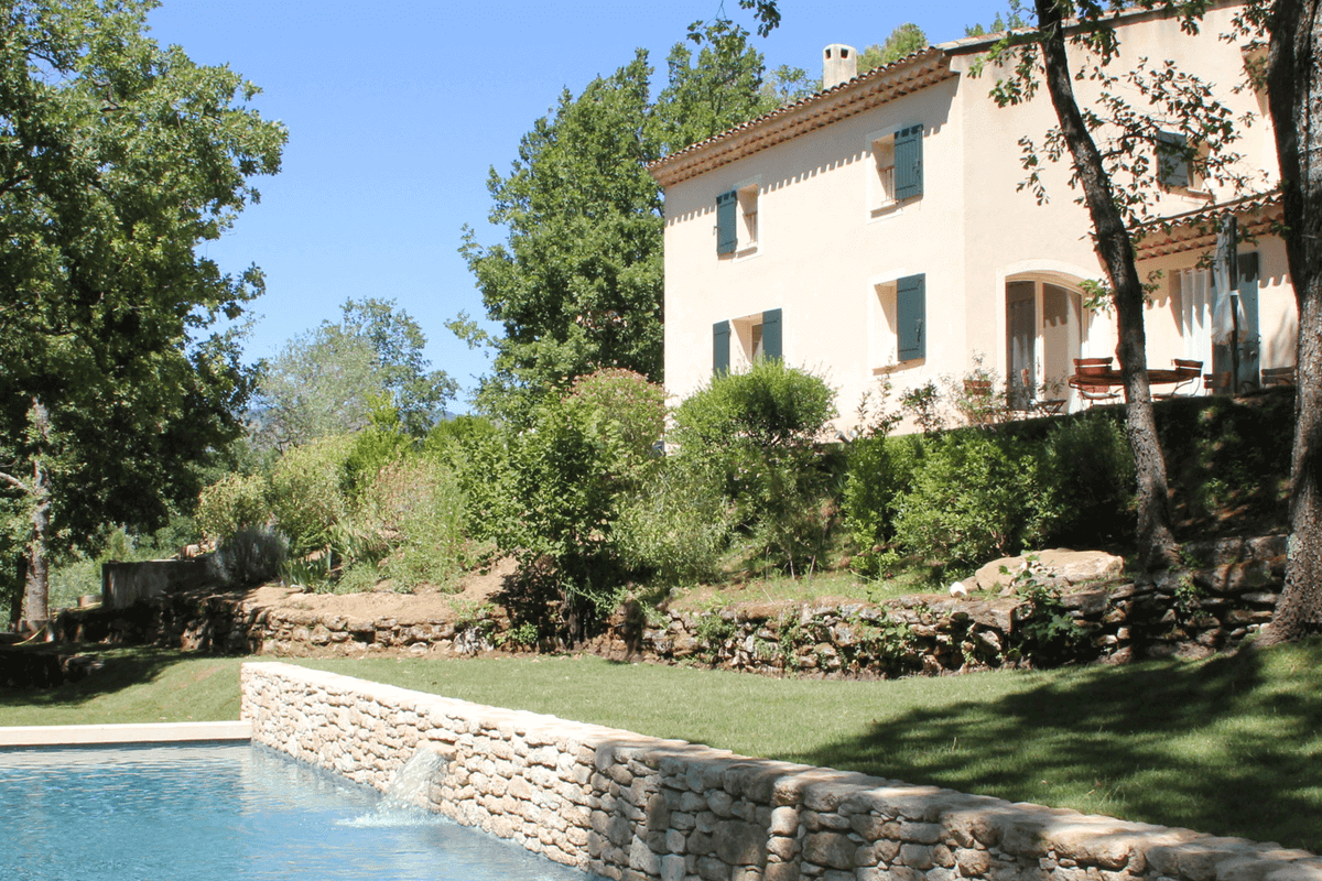 Luberon villages Provence France Rent-Our-Home rentourhomeinprovence Lourmarin Petit Pibaraud