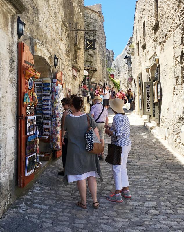 Luberon villages Provence France Rent-Our-Home rentourhomeinprovence Le Baux de Provence