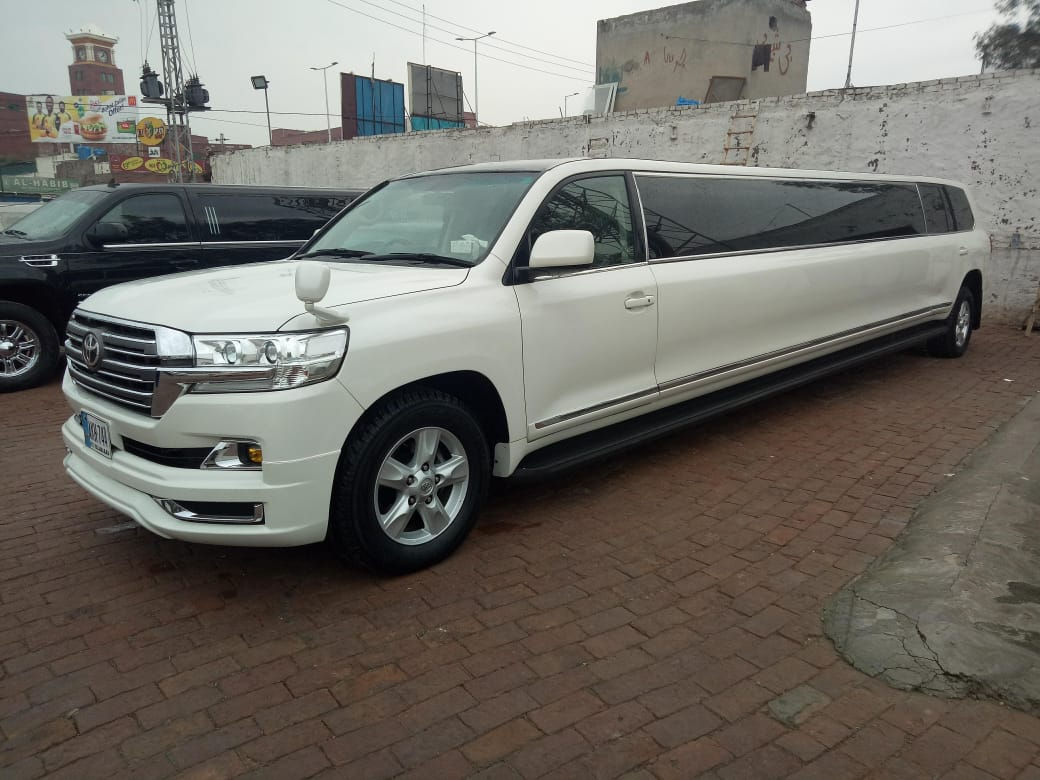 Rent a Limousine in Lahore