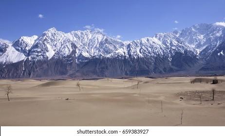 Lahore To Katpana Desert Tour