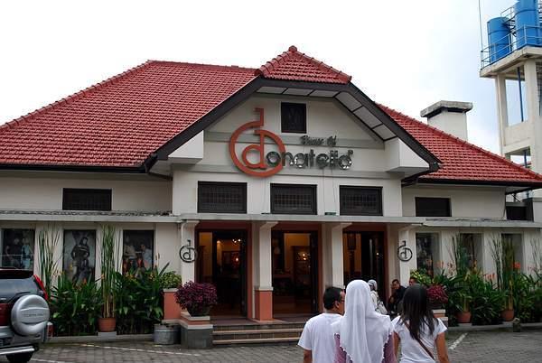 Bandung Surganya Factory Outlet                                        5/5(103)