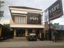 VIURE CAFE & GUEST HOUSE