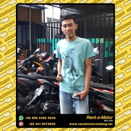 customer-motor-portraitA4