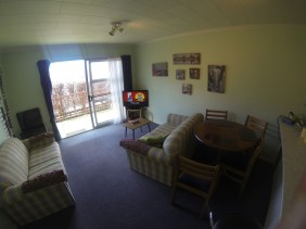 185A-Fernhill-Road-Living-Room-d-www.rentaroom.org_.nz_-1024x768