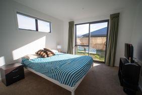 Rent-A-Room 8 Regent Street Bedroom 5a_preview