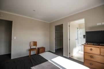 Rent A Room -0171