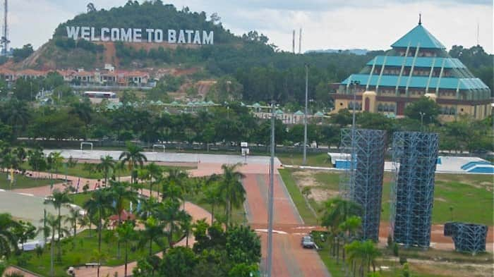 batam holiday inn package