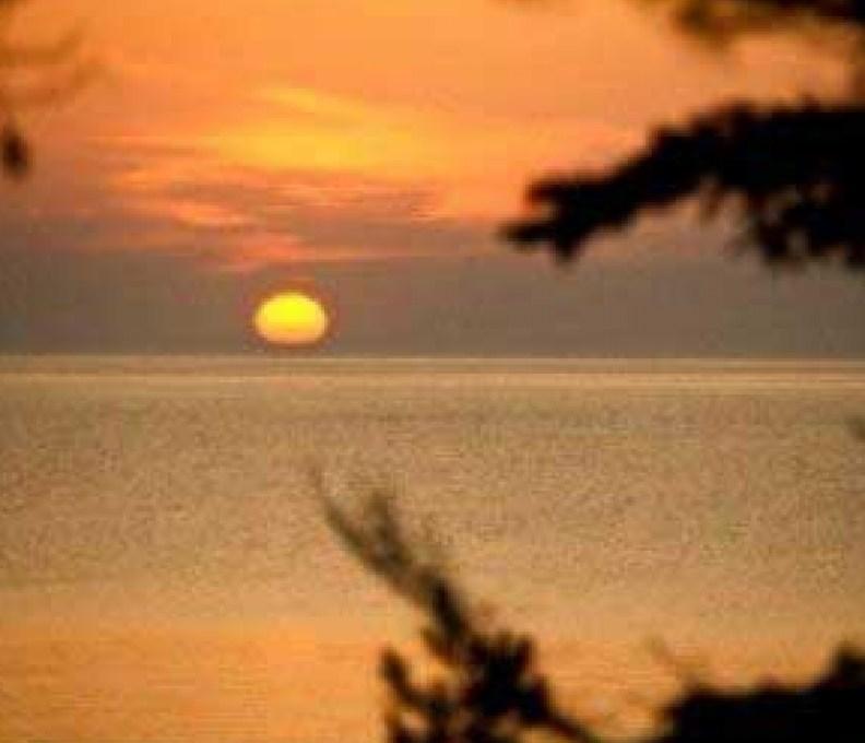 180_SunriseFromDeck-792x739_c_epl_slider