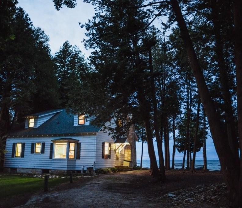 Cottage2-051-1280x853-792x739_c_epl_slider