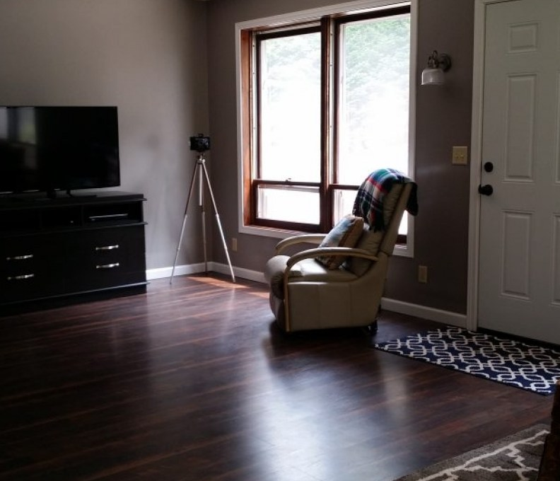 Living-Room-2-1024x576-1-792x739_c_epl_slider