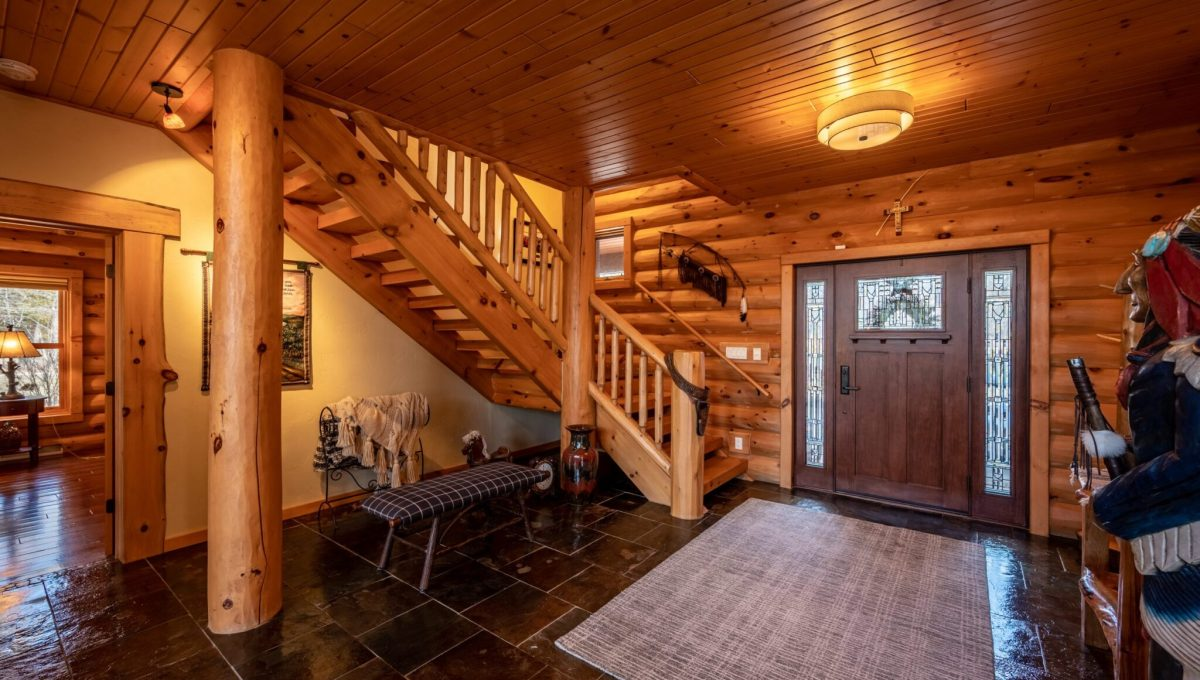 5559 Cave Point Drive-22