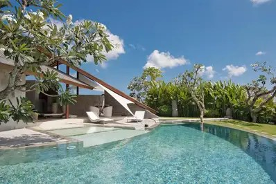 The Layar Villa 13
