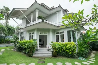 Villa Junoon