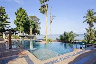 Krabi Beachfront Oceanside Suite