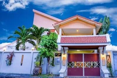 Beach Paradise Villa