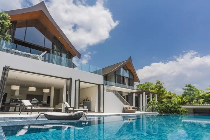 luxury holiday villas in Phuket