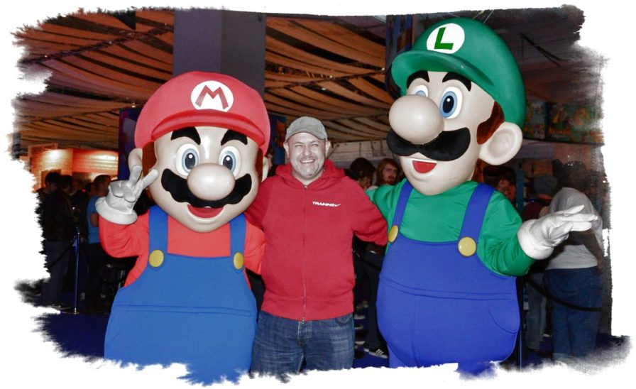 Super Mario and Luigi at party