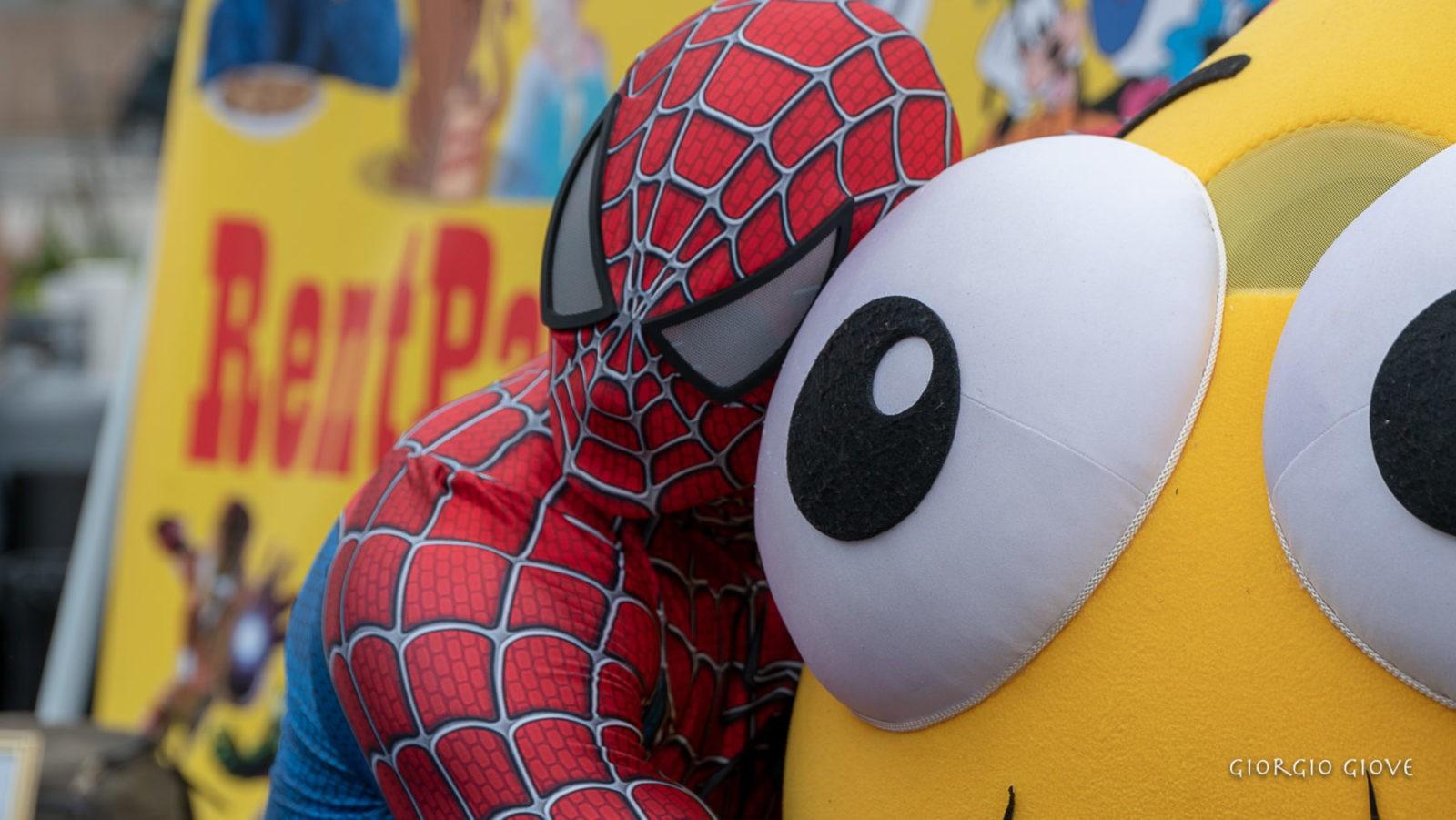 Spider Man saying good bye
