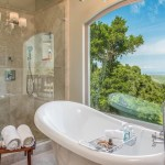 Carmel Valley Home For Rent with tub