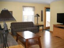 Cedaroma Lodge living space