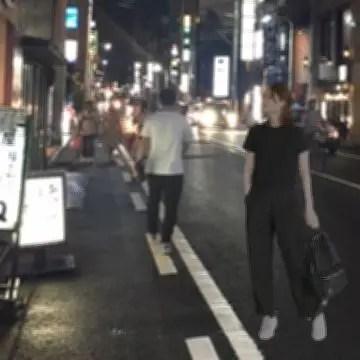 福井片町の片隅に現れた1人の女性