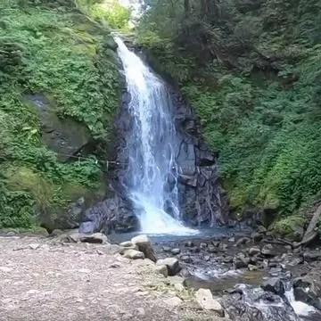 よく晴れた日の一乗滝