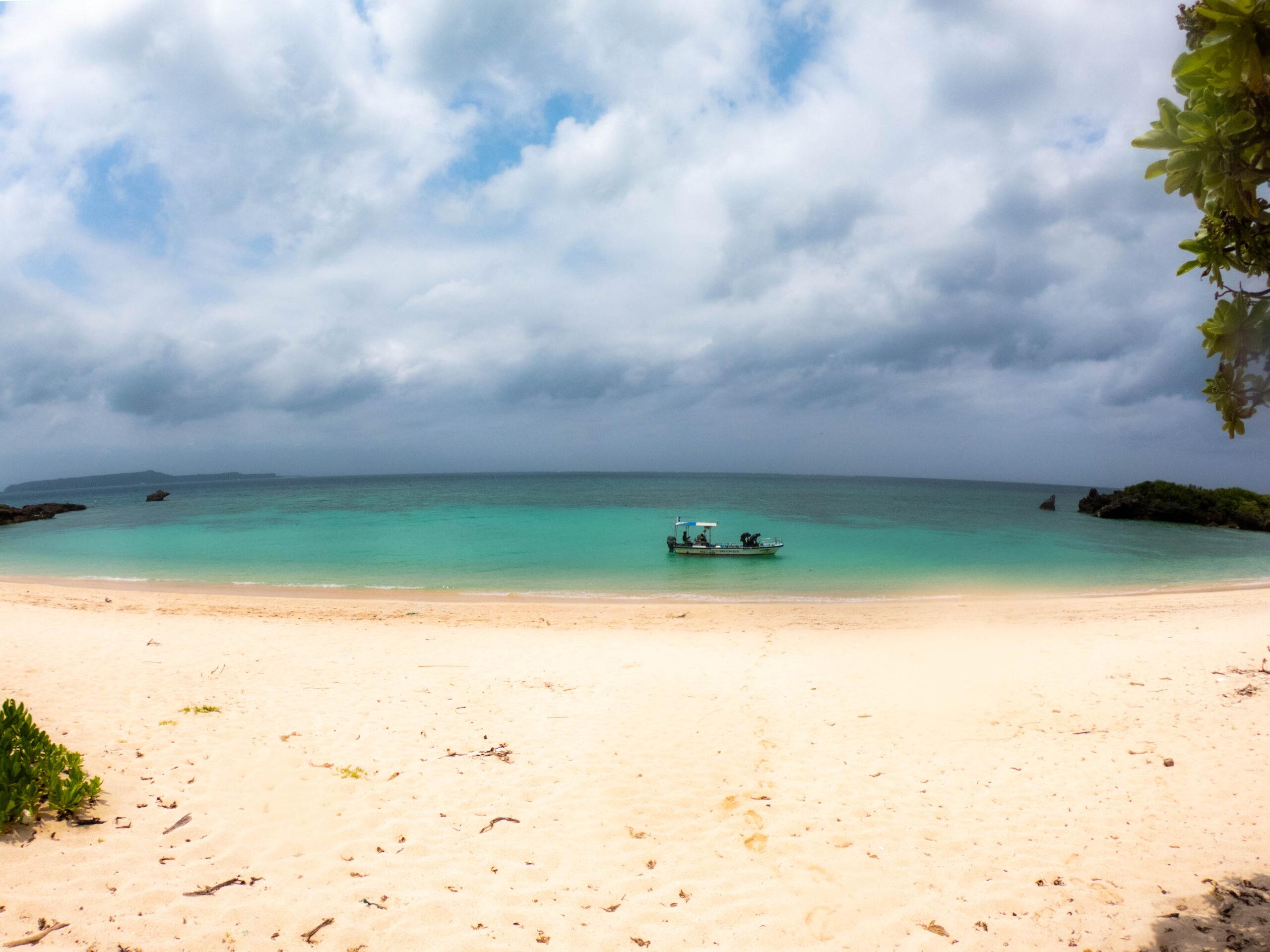 新規ポイント! 沖縄東海岸で無人島ダイビング!!