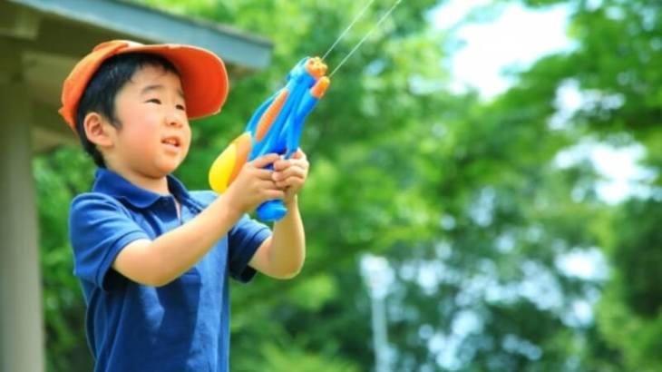 子どもが夢中になる!キャンプにおすすめの遊び道具