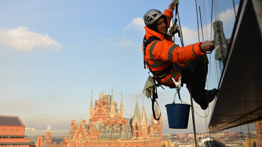 window cleaner abseilers