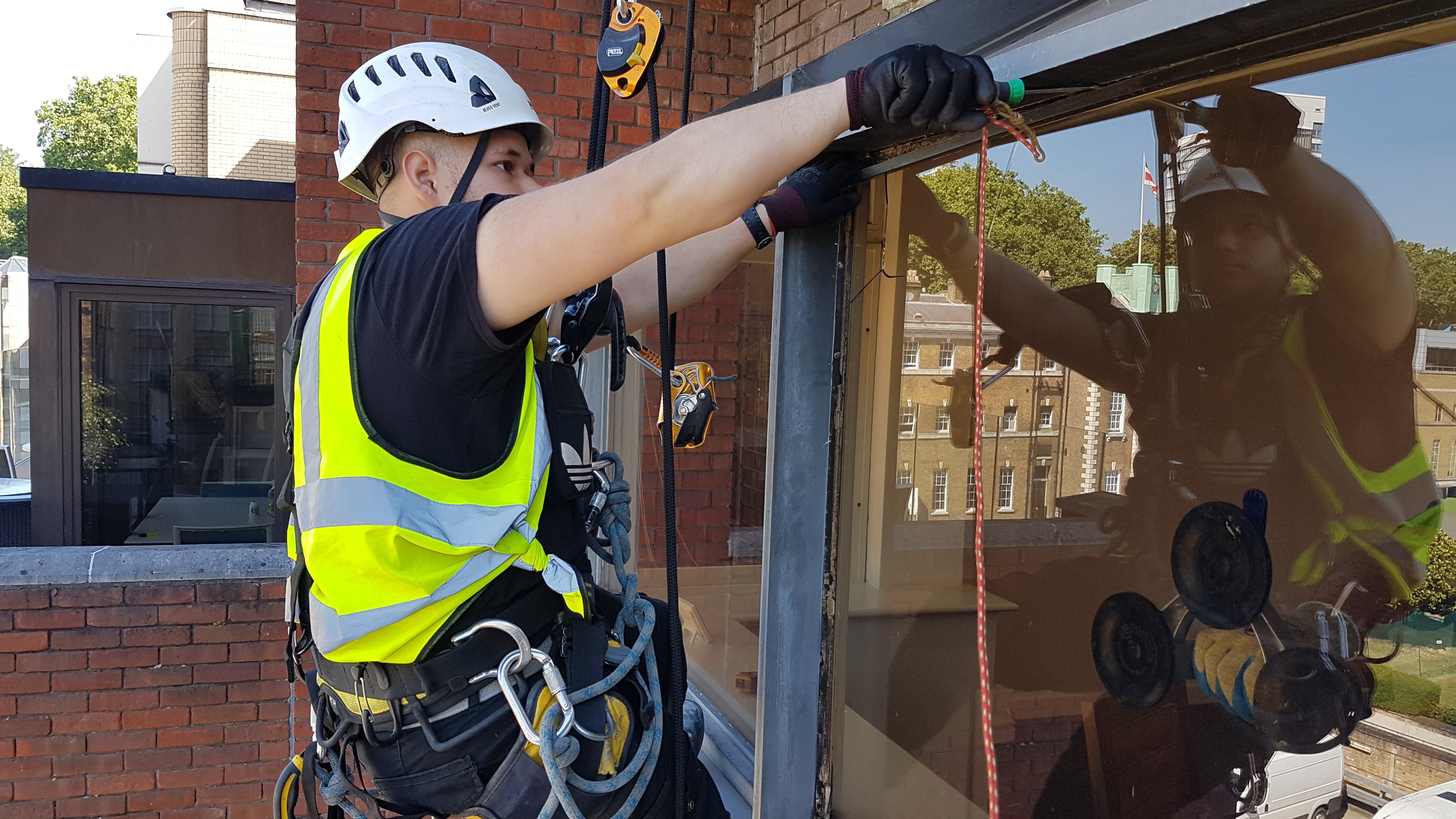 abseil glass replacement